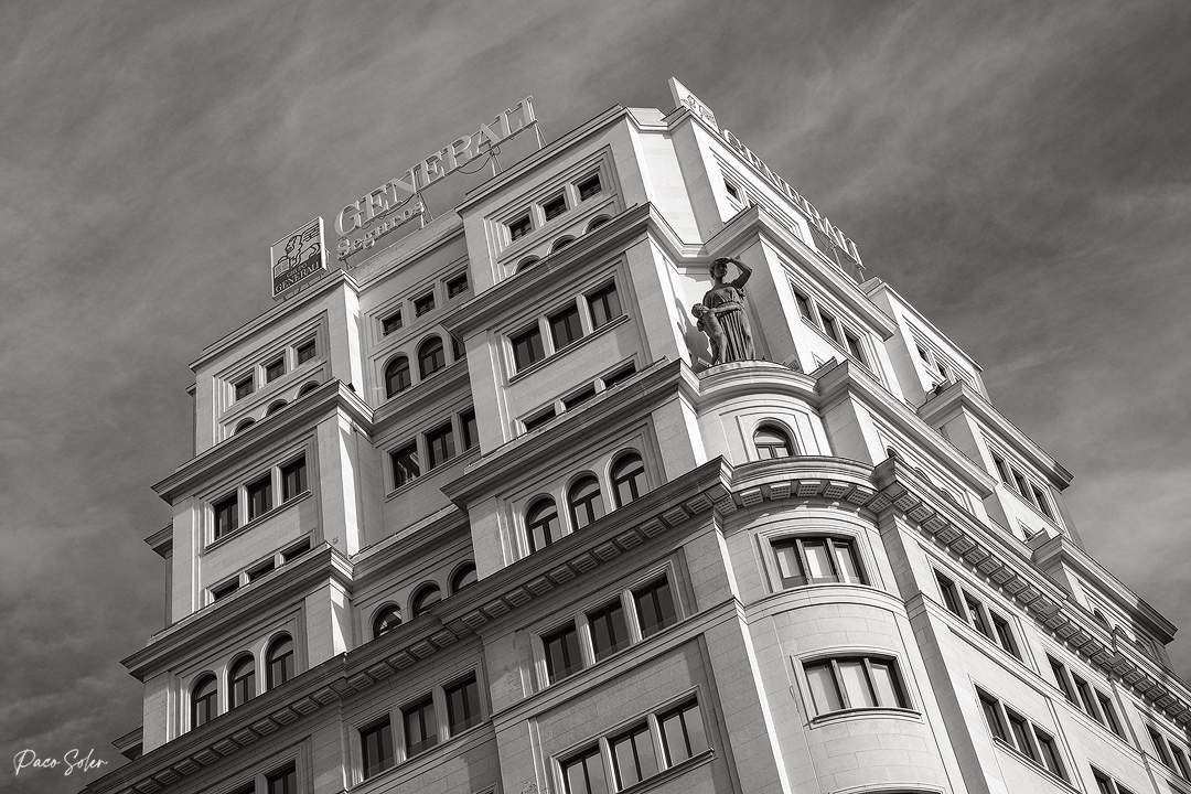 234 ByN Edificios Madrid10.jpg