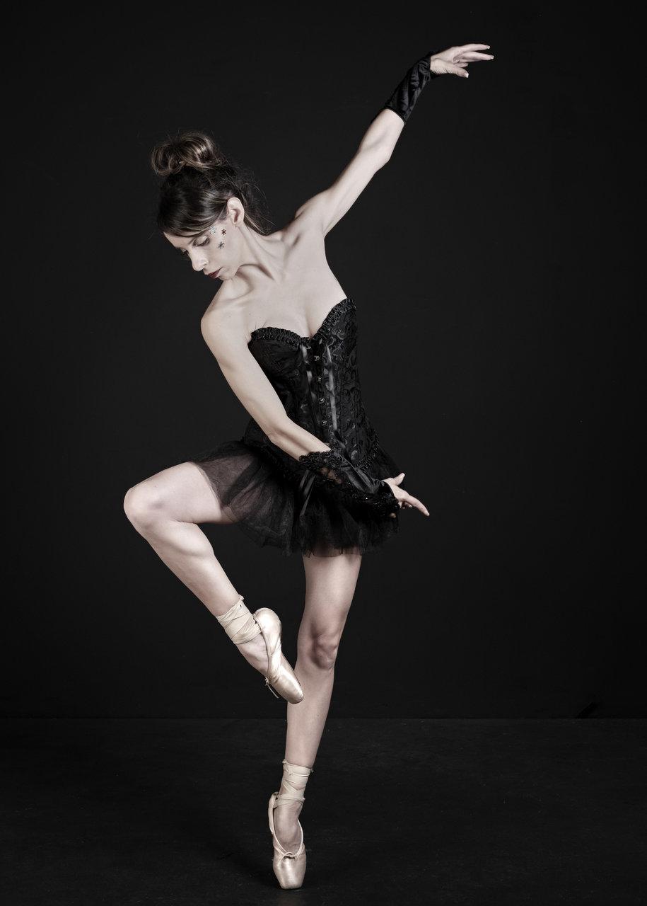 La bailarina.jpg