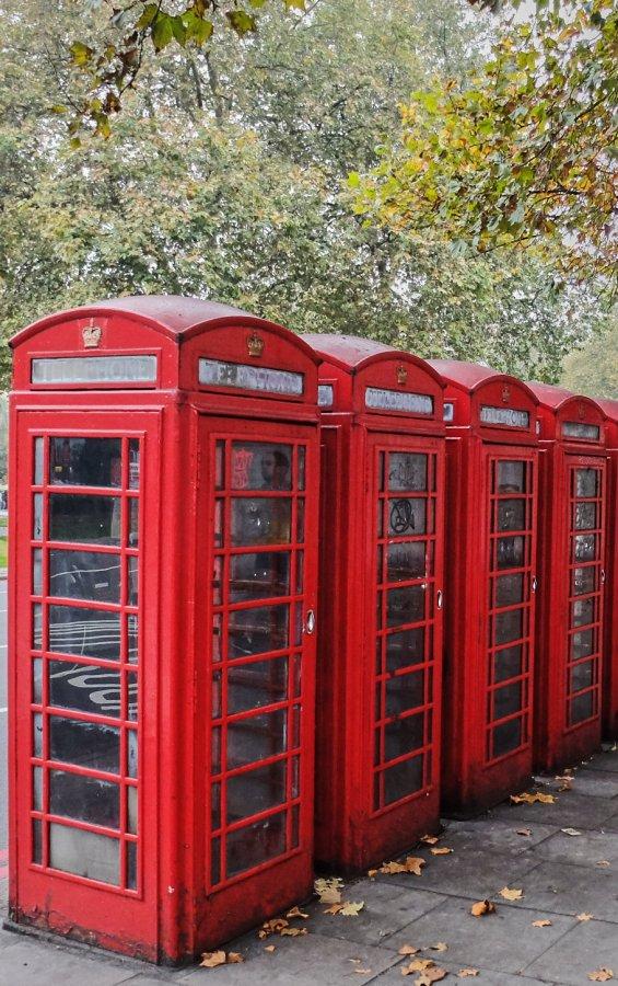Telefone London.jpg