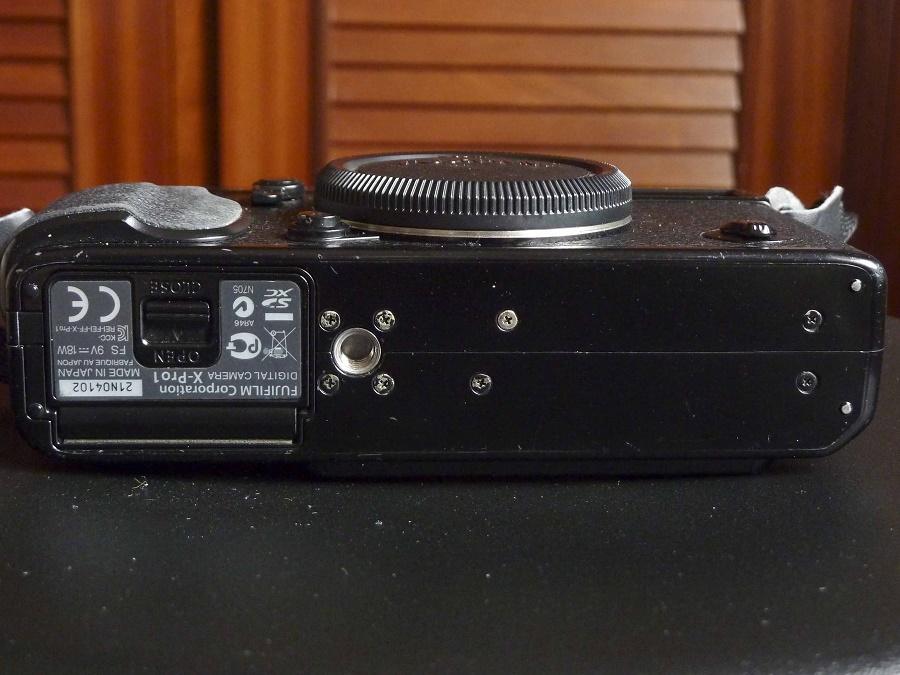 X-Pro1-1020391_red.jpg